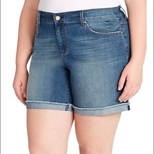 Jessica Simpson Plus Size Mika MIDI Shorts Size 18